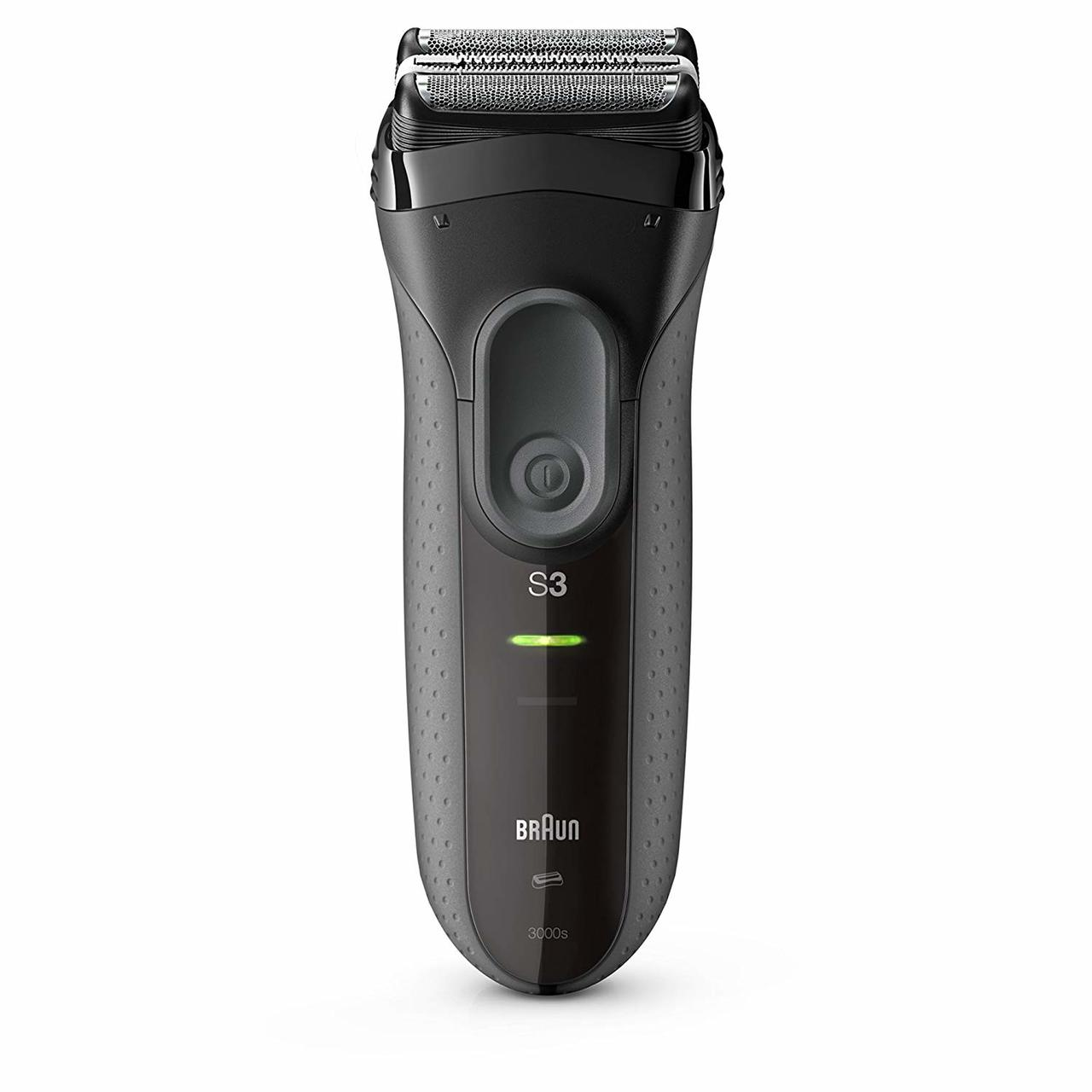 BRAUN SHAVER SERIES 3 PROSKIN + EAR AND NOSE TRIMMER